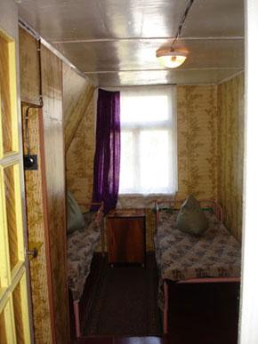Деревянный домик, комната 2