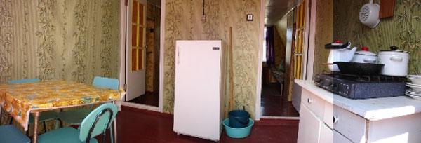 Деревянный домик, кухня