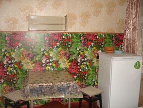 Деревянный домик, кухня 2